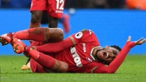 Leroy Fer dan Wilfried Bony Tidak Bisa Bermain Di Swansea