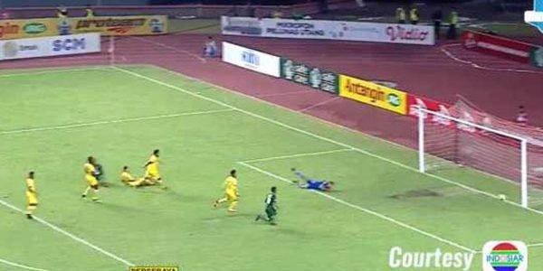 Laporan Pertandingan Sepakbola Liga 1 Persebaya VS Sriwijaya FC
